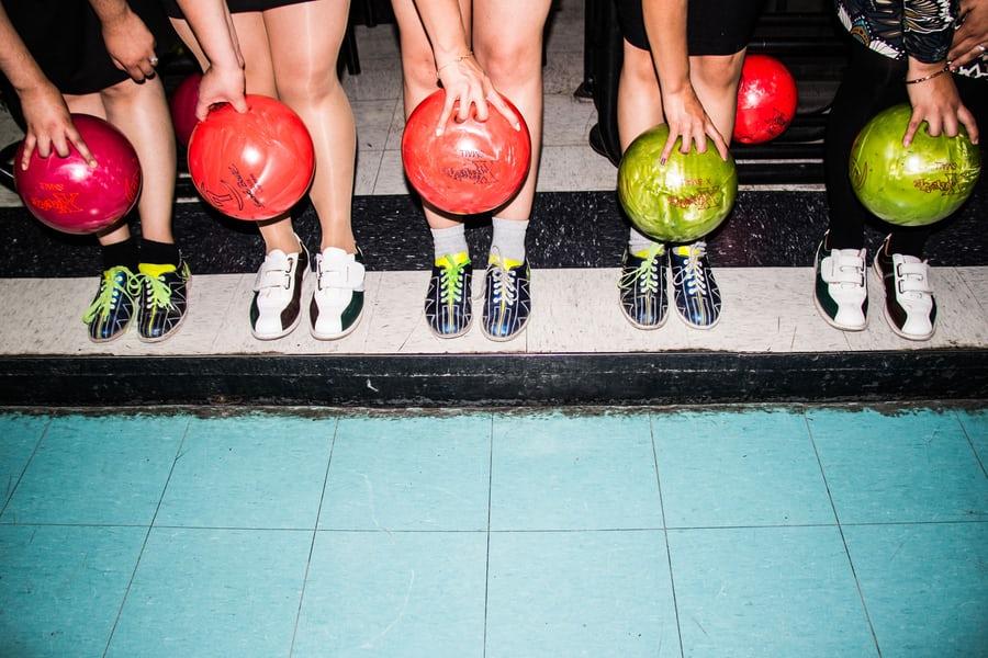 Non, le team-building n'est pas mort avec la disparition des soirées bowling.
